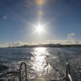 コラム まつお内科写真部 青の洞窟(沖縄)へ向かう船上から撮影